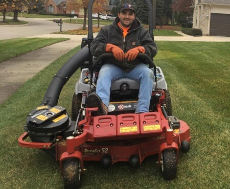 Lawn-Mowing Shelby Township, Michigan